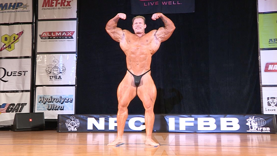 Dennis Wolf Guest Posing at the 2015 Pittsburgh Pro | FLEX