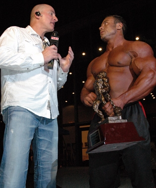 Chad Nicholls interviews NPC USA Heavyweight winner Aaron Clark